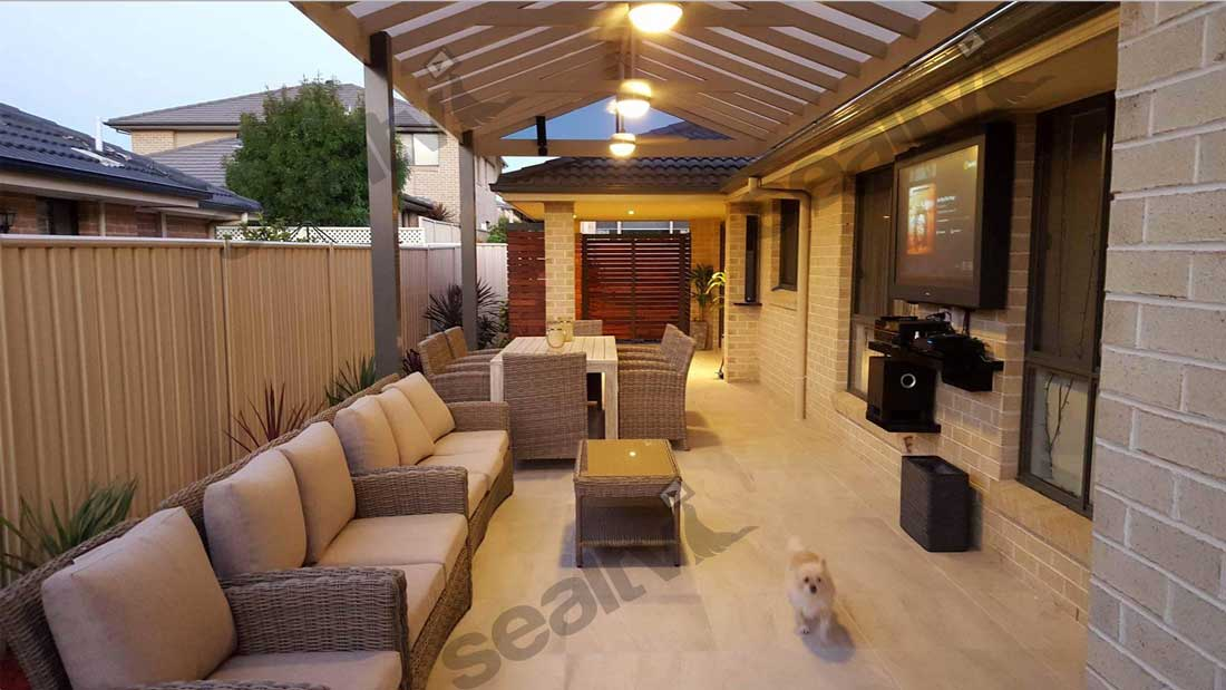 Mark's outdoor entertaining area looks fantastic.