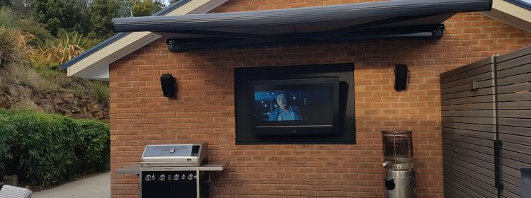 How Does Crazy Weather Affect Your Outdoor TV?